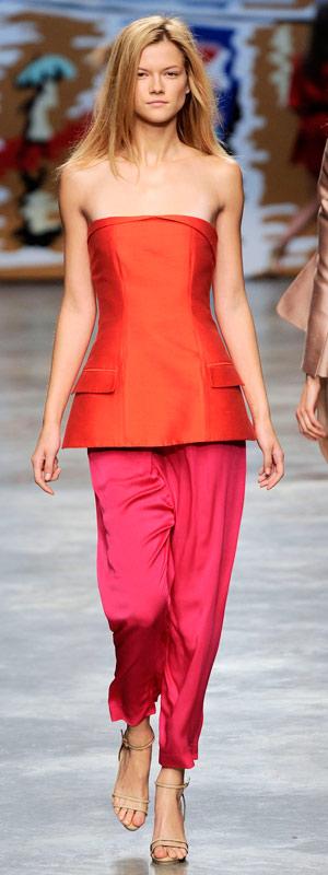 Phóng khoáng với trang phục Stella McCartney 2010 - 28