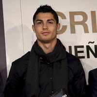 """C.Ronaldo: Đại gia của những """"siêu xe"""""""