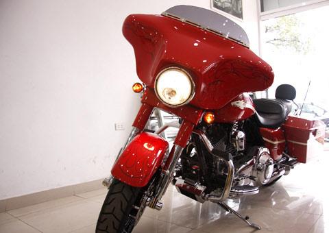 Bộ đôi Harley Davidson CVO Street Glide về Việt Nam - 15