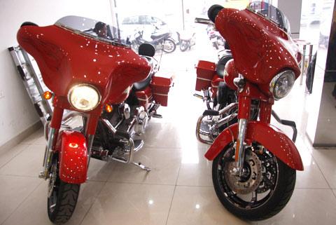 Bộ đôi Harley Davidson CVO Street Glide về Việt Nam - 16