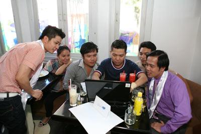 """Ngô Kiến Huy """"khoe"""" nhà mới tại Thành Phố Thơm Mát - 4"""