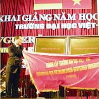 ĐH đầu tiên ở Việt Nam có hiệu trưởng người nước ngoài