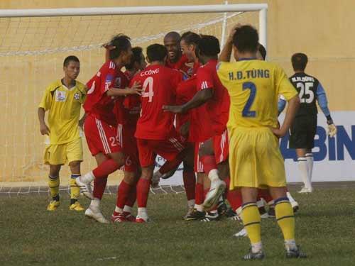 Xi Măng Hải Phòng- Lam Sơn Thanh Hóa: Cùng đường gặp nhau (Vòng 2 V-League) - 3
