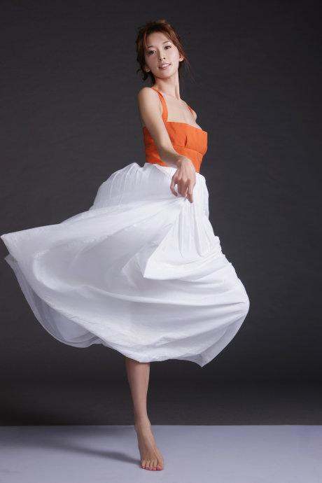 Lâm Chí Linh: Người đẹp 'đẳng cấp' - 8