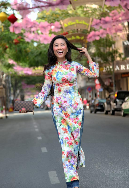 Áo dài + jeans = Cá tính Đoan Trang - 8