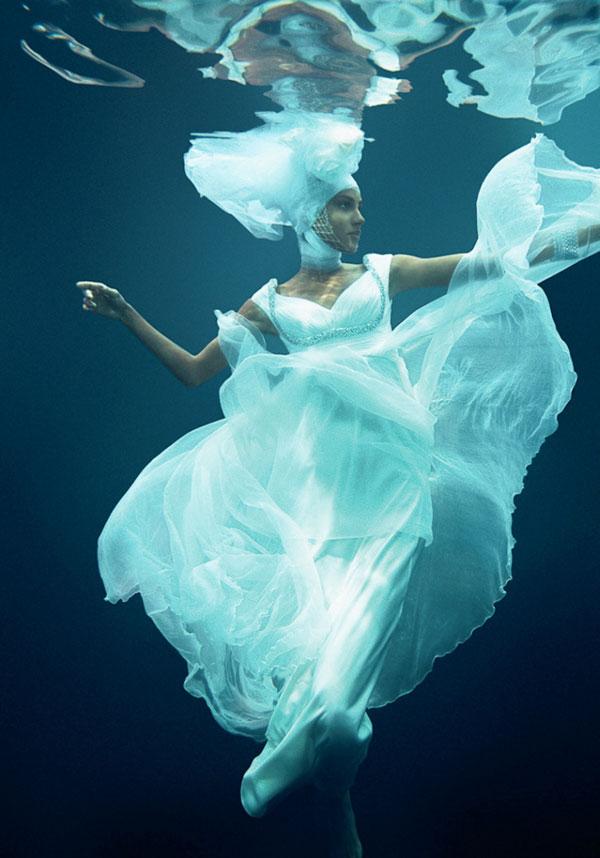 Váy voan biến hóa cùng thiên nhiên! - 15