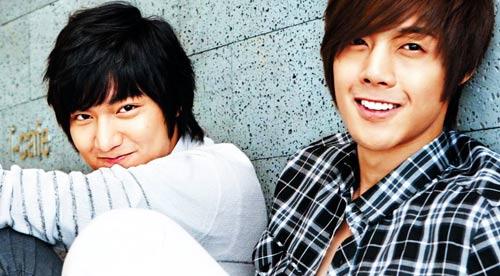 """Kim Hyun Joong: Có duyên hôn các...""""bà già"""" - 3"""