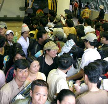 45 phút  mếu máo với cáp treo ở chùa Hương - 1