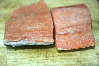 Lẩu cá hồi: Ngon, bổ, rẻ - 2
