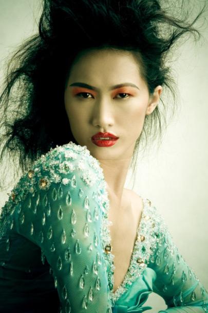Tôn nét Á Đông trên khuôn mặt - 4