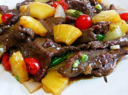 Mềm thơm thịt bò xào dứa - 4