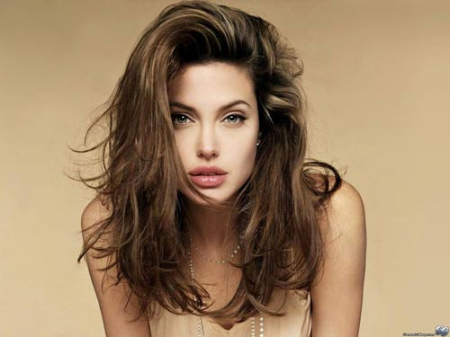 TIN SỐC: Angelina từng sex… hoang dại - 2