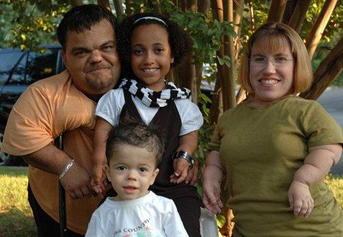 Gia đình người lùn hạnh phúc - 2