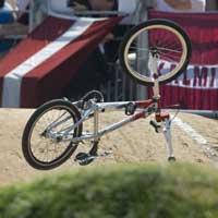 Video xe đạp bay