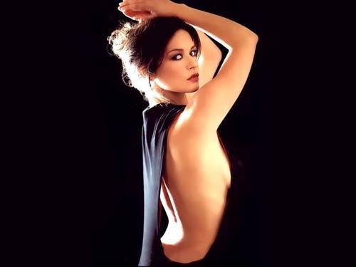 """Catherine Zeta-Jones khó """"bơ"""" trai đẹp - 3"""