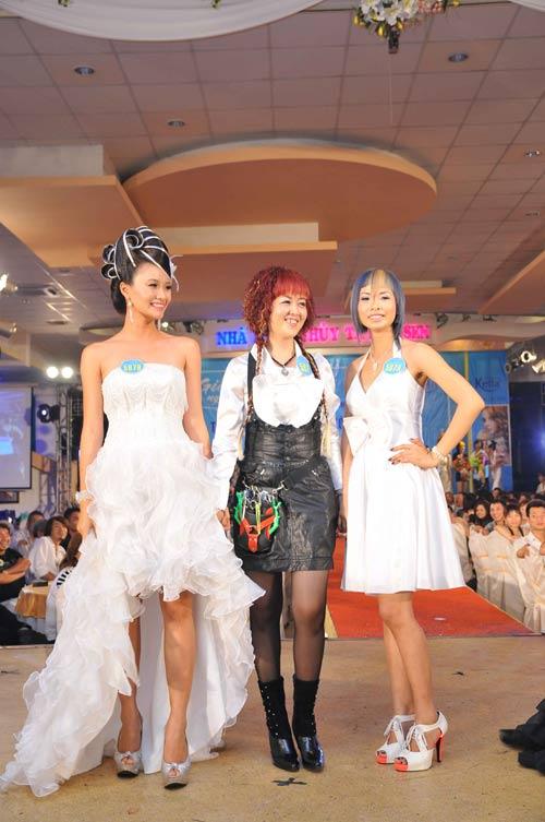 Lễ giỗ tổ ngành tóc Việt Nam và cuộc thi tìm kiếm tài năng tạo mẫu tóc lần 4 năm 2010 - 1