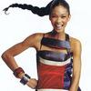 Chanel Iman chọn váy theo phong cách Á Đông