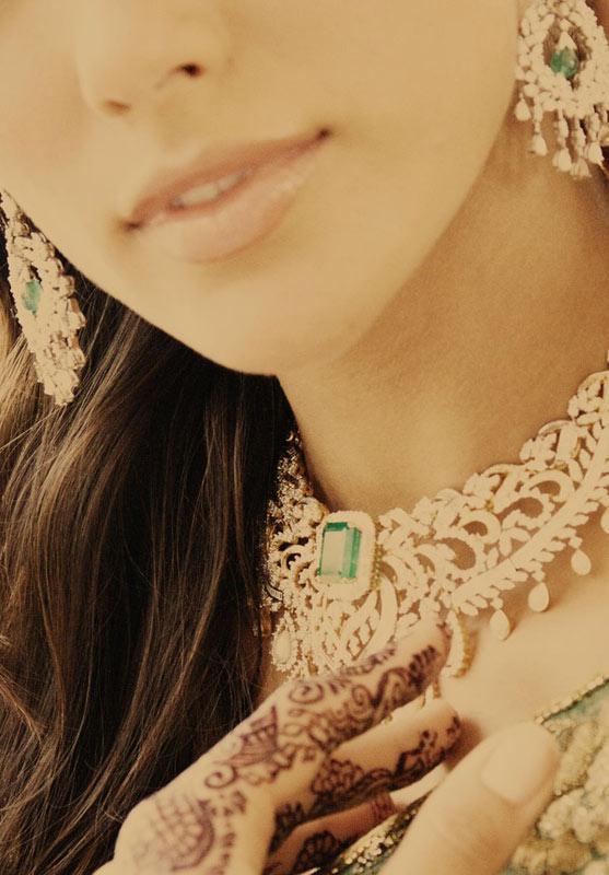Video: Huyền bí váy cưới Ấn Độ - 2