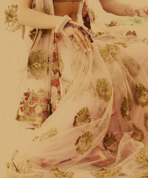 Video: Huyền bí váy cưới Ấn Độ - 6