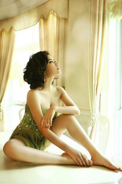 Hoàng Thùy Linh: 'Gợi cảm là thế mạnh của tôi!' - 4