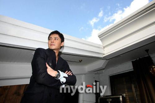 """Jang Dong Gun và Go So Young """"ăn cơm trước kẻng""""? - 12"""