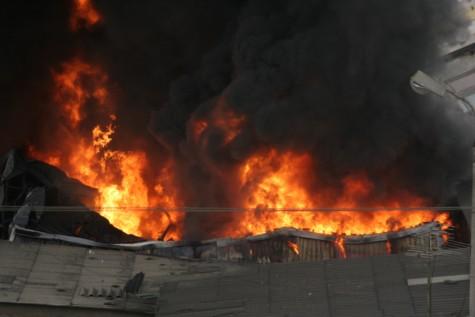 Cận cảnh vụ cháy lớn ở Hà Đông - 4