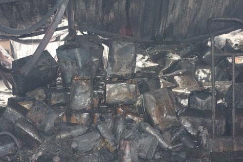 Cận cảnh vụ cháy lớn ở Hà Đông - 13