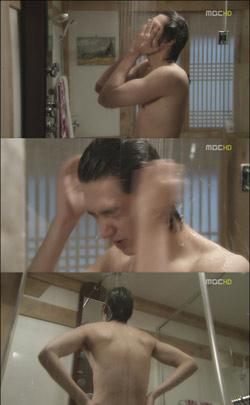 """Nóng mắt xem sao Hàn """"tắm"""" trong phim - 2"""