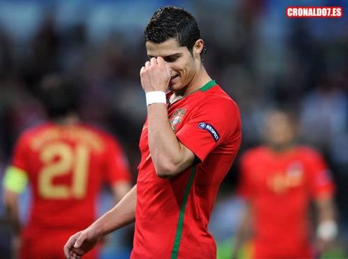 Cristiano Ronaldo - Ma thuật của Brazil Châu Âu (Ngôi sao nào sẽ tỏa sáng tại World Cup 2010 - P2) - 2