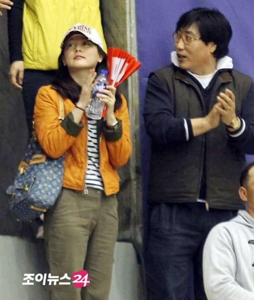 Lee Young Ae lần đầu khoe chồng - 7