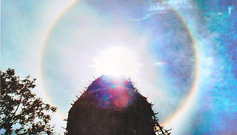 Hào quang kỳ ảo trên tượng Phật Bà - 6
