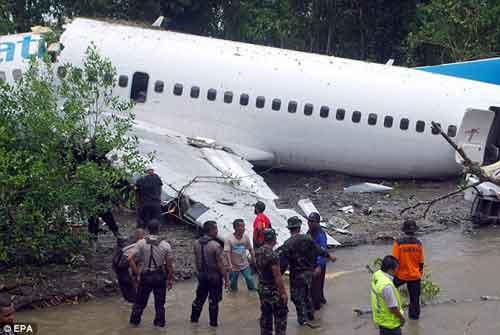 Thêm một vụ tai nạn máy bay nghiêm trọng - 2