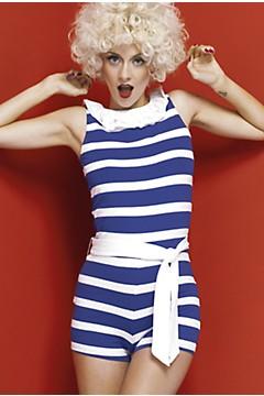 Mỹ nữ 'đảo điên' vì thời trang hải quân - 14