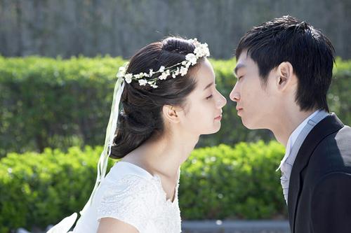 """Vợ sắp cưới """"dâng hiến"""" màng trinh giả - 2"""