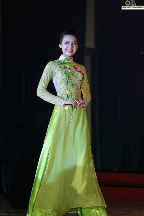 100 bông hoa đẹp nhất Imiss Thăng Long 2011 - 2