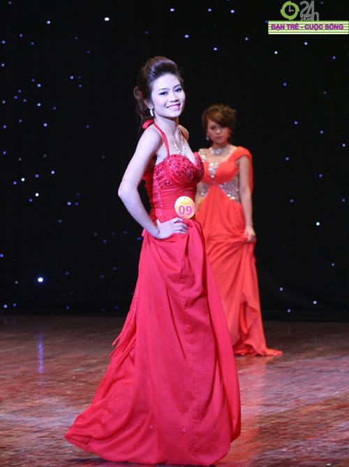 100 bông hoa đẹp nhất Imiss Thăng Long 2011 - 4
