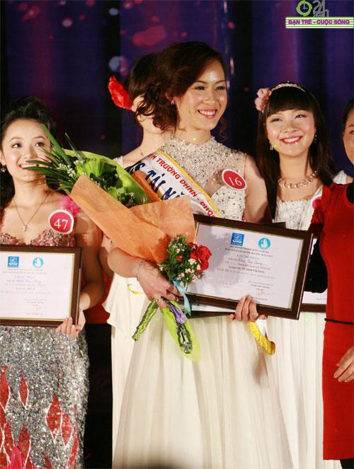 100 bông hoa đẹp nhất Imiss Thăng Long 2011 - 5