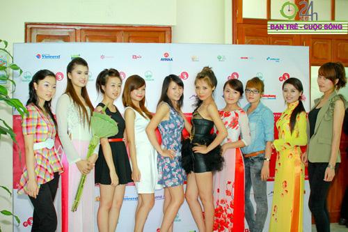 100 bông hoa đẹp nhất Imiss Thăng Long 2011 - 6