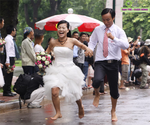 Những tình huống hài hước của cô dâu, chú rể - 6