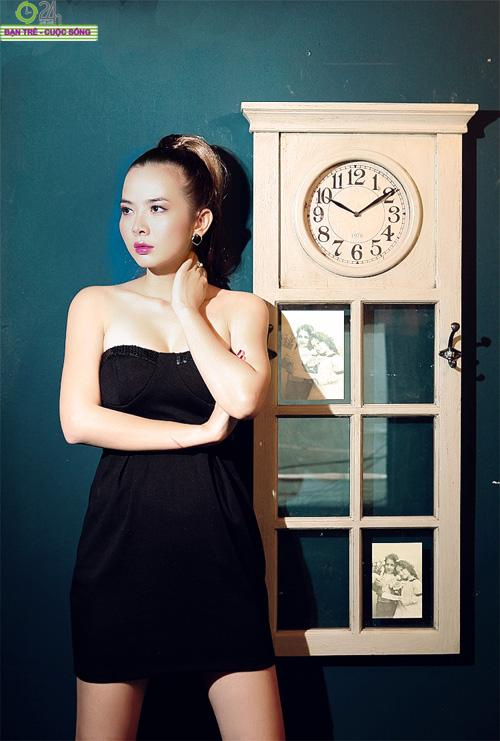 Hot girl Sài thành khoe vòng một căng đầy - 16
