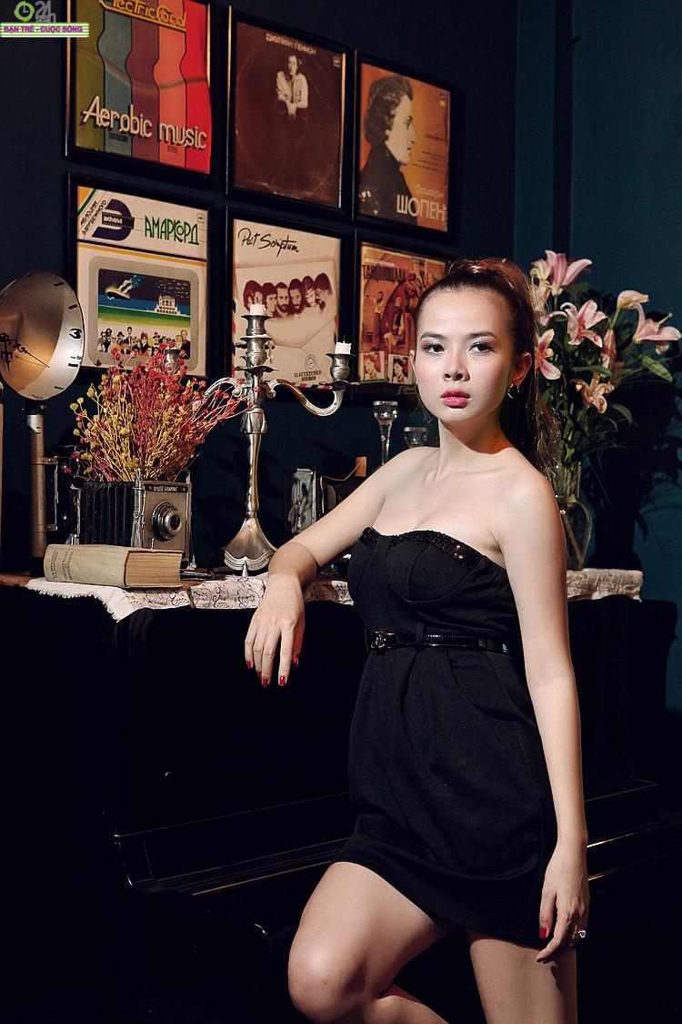 Hot girl Sài thành khoe vòng một căng đầy - 19