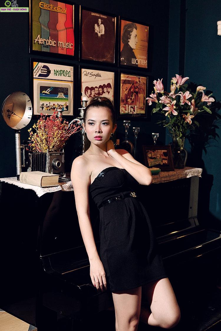 Hot girl Sài thành khoe vòng một căng đầy - 18