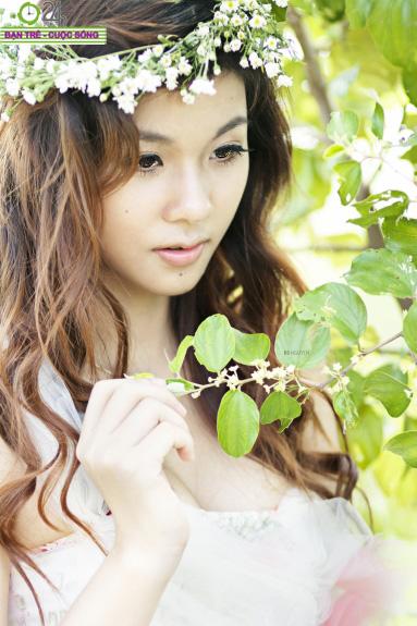 Hot girl Giang Hà dịu dàng giữa thiên nhiên - 1