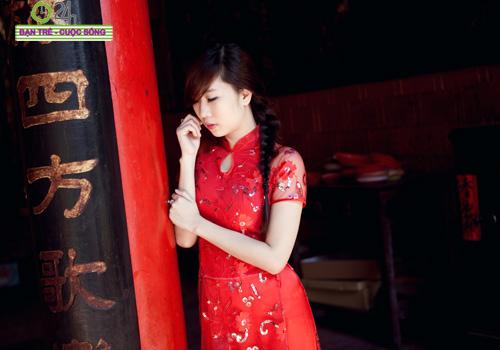 Hot girl Nu Phạm đi lễ chùa đầu năm - 5