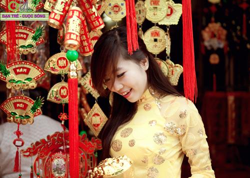 Hot girl Nu Phạm đi lễ chùa đầu năm - 18
