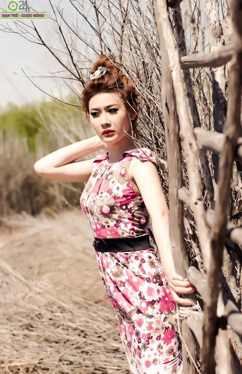 Hot girl Sâu Xinh dịu dàng trước biển - 6