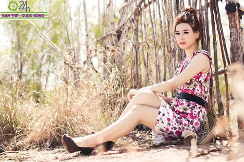 Hot girl Sâu Xinh dịu dàng trước biển - 4