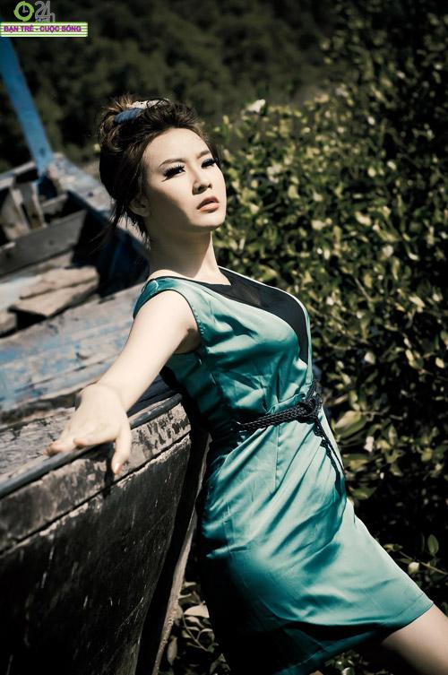Hot girl Sâu Xinh dịu dàng trước biển - 7