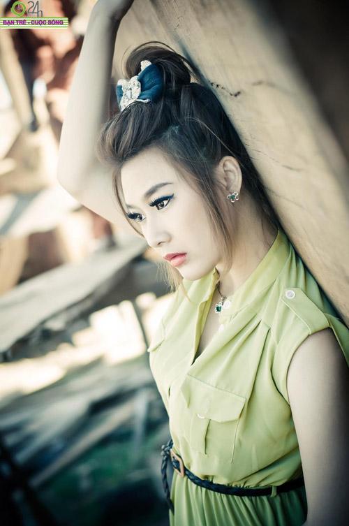 Hot girl Sâu Xinh dịu dàng trước biển - 9