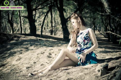 Hot girl Sâu Xinh dịu dàng trước biển - 18